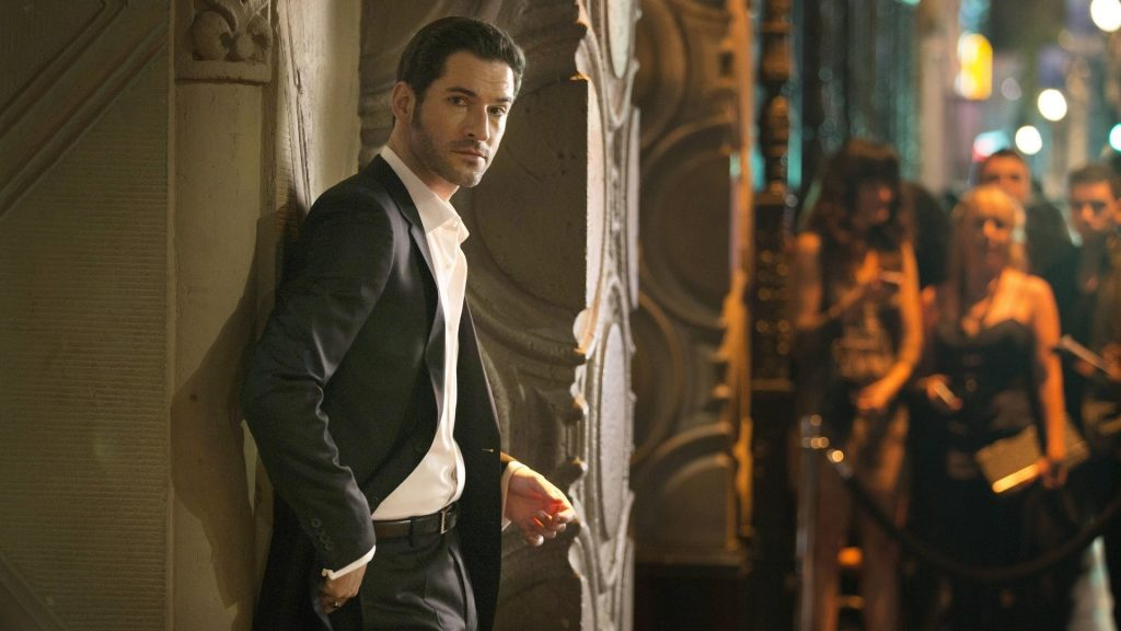 Tom Ellis posing as Lucifer